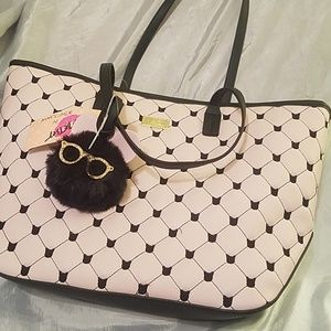 Betsey johnson tote with fuzzy glasses fob* NWT